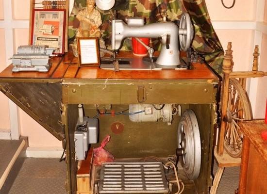 Швейная машина времен войны